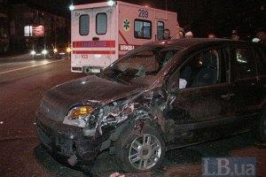ДТП в Киеве: пьяный водитель Toyota Land Cruiser протаранил три автомобиля