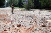 Донецк вновь подвергся обстрелу из тяжелых орудий