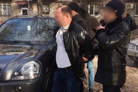ВЗапорожье навзятке пойман руководитель отдела внутренней безопасности милиции