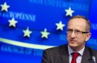 Томбинский: подписание СА не мешает отношениям Украины с Россией