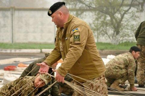 36-я бригада морской пехоты провела тренировку по десантированию из самолета