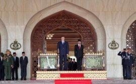 Визит Виктора Януковича в страны Юго-Восточной Азии: Бруней, третья страна