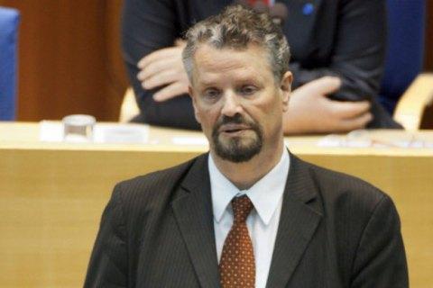 Санкции противРФ неотменят из-за обострения вДонбассе— ФРГ