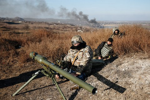 Штаб АТО: Пророссийские боевики изтяжелой артиллерии обстреляли Широкино