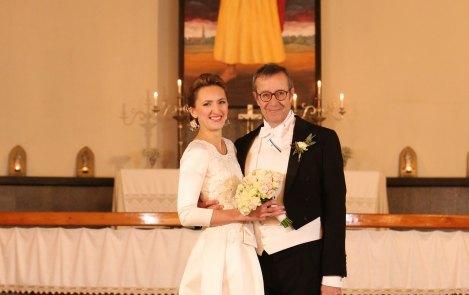 Президент Естонії показав зворушливі фото свого третього весілля