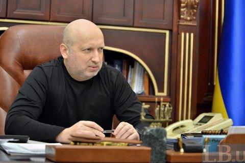 Киев ожидает отновых властей США смертельного оружия