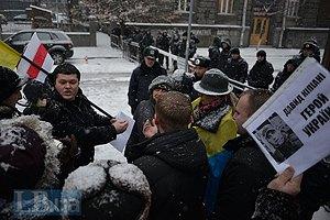На Банковой требовали дать Героя Украины Жизневскому, Хурции и Кипиани