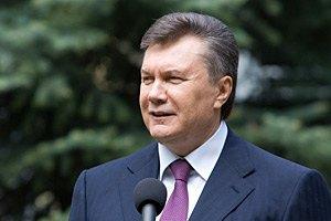 Янукович возлагает большие надежды на патриотизм молодежи