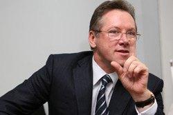 Азаров отправил Прасолова в Москву поговорить о СНГ
