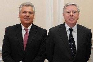 Кокс и Квасневский сегодня приедут в Киев
