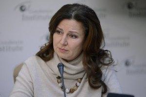 Богословская считает ангажированными немецких врачей Тимошенко
