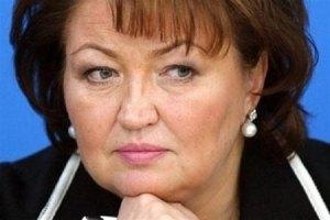 """Бахтеева не знает, откуда у нее взялась """"бумажка"""" о помощи судье с экзаменами"""