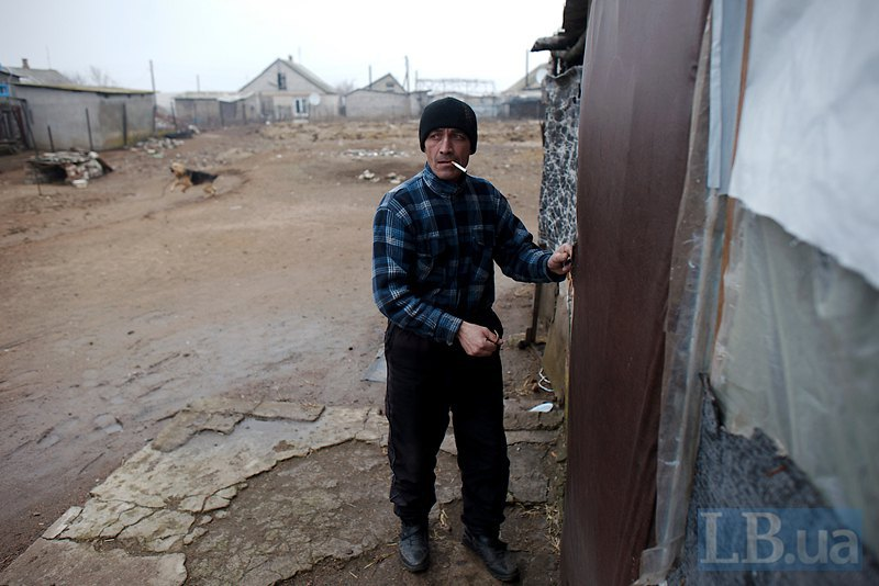 Цей чоловік розповідає, як в його будинок потрапила міна