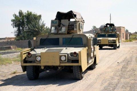 Напередовой сиракской армией— Наступление наМосул