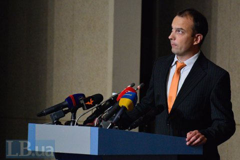 Мир должен политически и экономически изолировать Россию, - Соболев