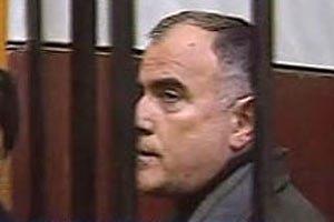 Пукача привозят на суд в каске и бронежилете
