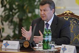 Янукович: историю нельзя переписывать