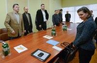 Нуланд намерена встретиться с Януковичем и Кожарой
