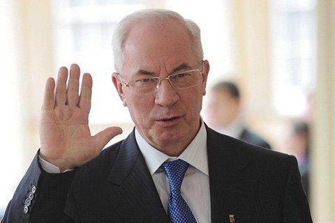Небачити Азарову української пенсії, яксвоїх вух