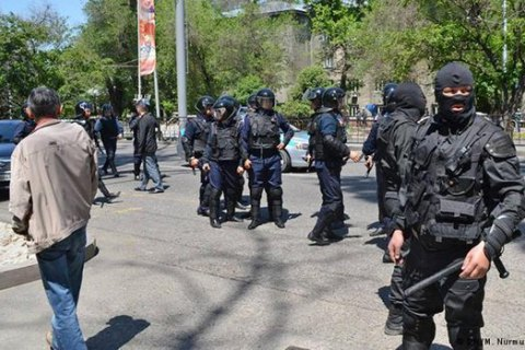 Кто и зачем взрывает Казахстан