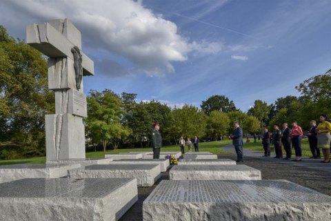 Поляки будут отмечать день памяти жертв геноцида— Резня по-волынски