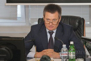 Кабмин принял отставку замминистра внутренних дел Сакала