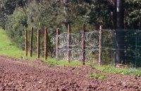 Россия строит на границе c Польшей забор с колючей проволокой