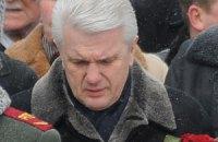 Литвин последние десять лет не живет, а страдает