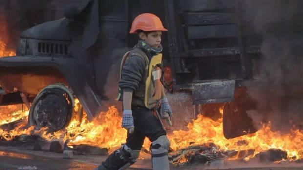 Кадр из фильма Зима в огне