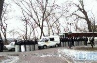 Из Донецка и Запорожья выехали в Киев по 10 автобусов милиции