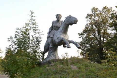 ВДонецкой области снесли монумент Чапаеву для восстановления мемориала солдатам АТО