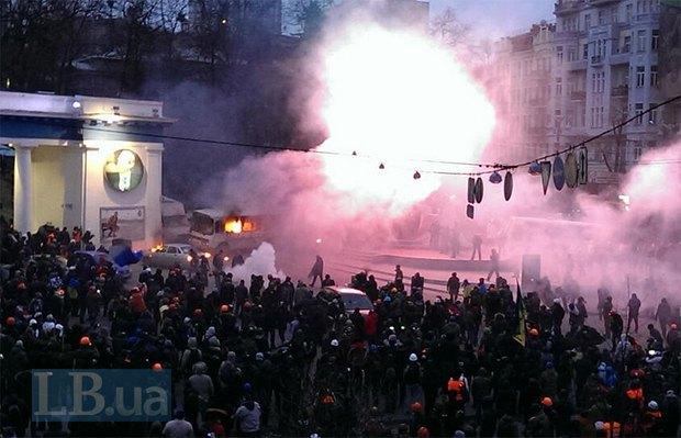 """На Грушевского """"Беркут"""" готовится к разгону демонстрантов(фото)"""