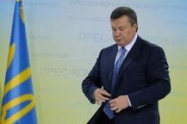 Янукович потряс Запад своей гиперактивностью