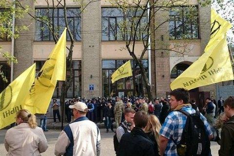 Форум экс-регионалов в Харькове закончился потасовкой