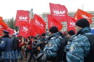 "В милиции уверяют, что ""Беркут"" не крал палатки ""УДАРа"""
