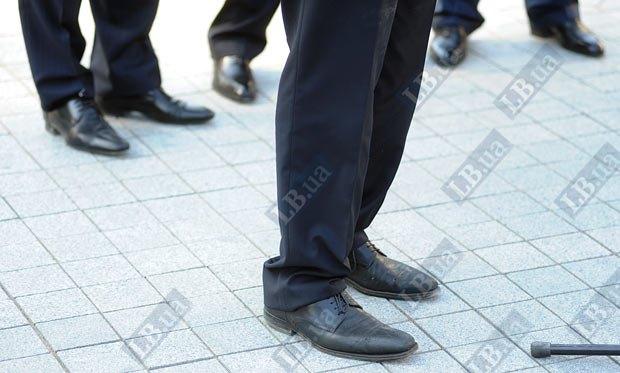Так выглядят туфли президента УЕФА Мишеля Платини...