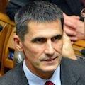 Український парламент: добро повинно бути з кулаками?