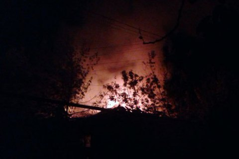 ВМарьинке врезультате обстрела боевиков ранены двое мужчин