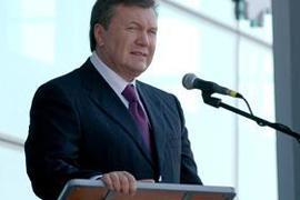 Януковича раздражает, что Тимошенко невыездная