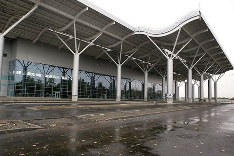 Одесский горсовет собирается вернуть аэропорт всобственность города