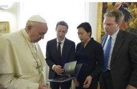 Папа Франциск встретился с Марком Цукербергом