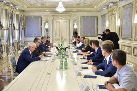 Порошенко: никто неверит вЕС больше, чем Украина