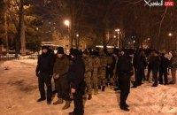 У Харкові сталася перестрілка, поліція затримала людей у камуфляжі (оновлено)