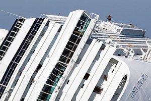 Costa Concordia піднімуть через рік