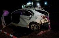 В Харькове полицейский и двое патрульных врезались в столб при попытке оторваться от патруля