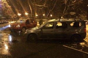 Задержанных ночью автомайдановцев нашли в Дарницком РУВД
