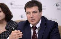 Замглавы АП: военное положение на руку России