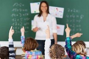 """""""Дітей потрібно навчити розв'язувати задачі без відповіді в кінці підручника. Адже таких завдань у житті більшість"""""""