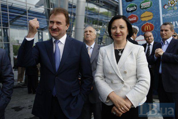 Олександр Попов і Галина Герега під час церемонії відкриття аеропорту <<Київ>>