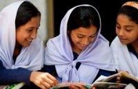 У Бангладеш учителька катувала дітей